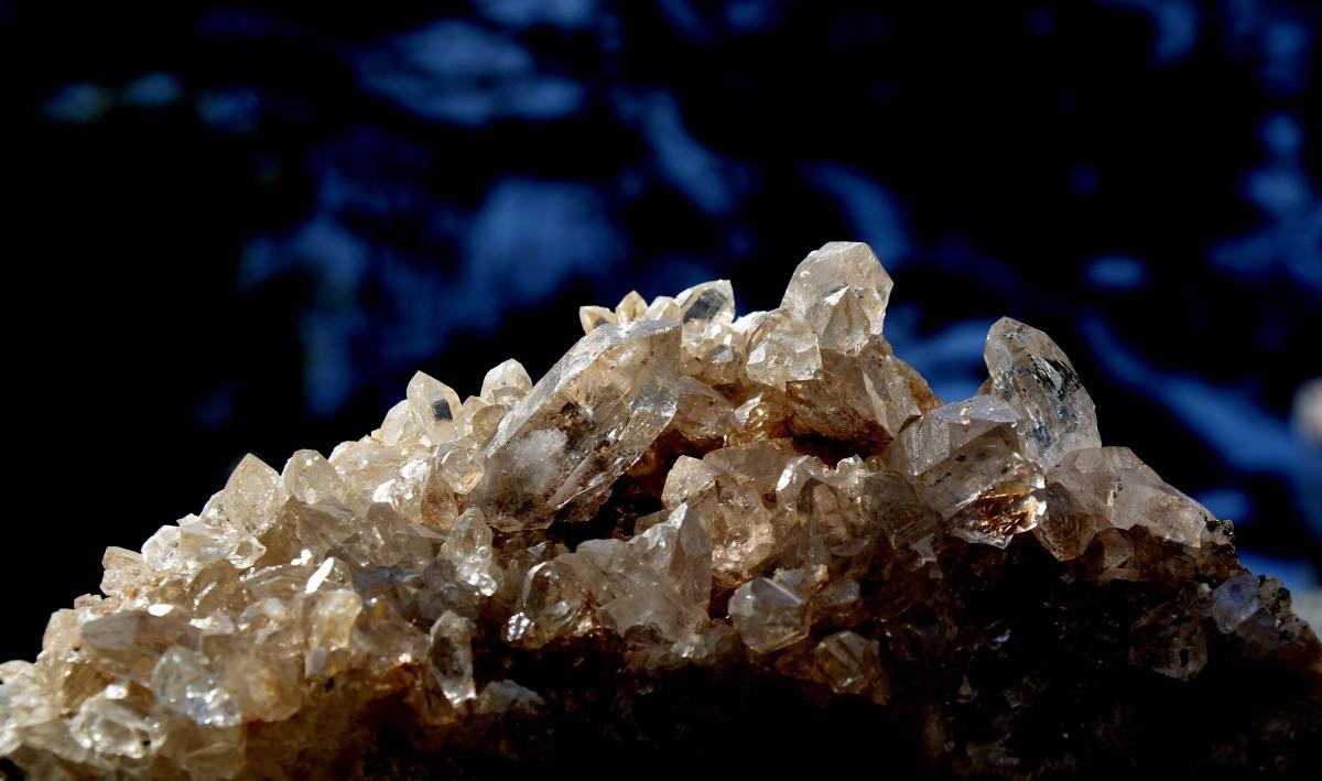 Straheln-Kristalle suchen
